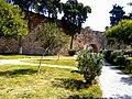 Kalaja në qytetin e Durrësit- muri rrethues.jpg