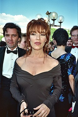 Katey Sagal by Alan Light - 1989 Emmy Awards.jpg