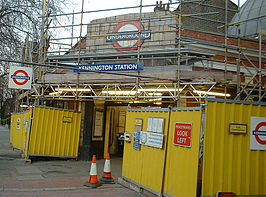 KenningtonTubeStation.jpg