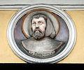 Kety plaskorzezba Franciszka na kosciele franciszkanow.jpg
