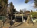Kiso-mibashira-shrine.jpg