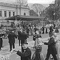 Koninklijk bezoek aan Haarlem (Schager dansgroep demonstreert), Bestanddeelnr 913-9044.jpg