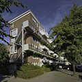 Kopgevel met trappen van flatgebouw - Rotterdam - 20399151 - RCE.jpg