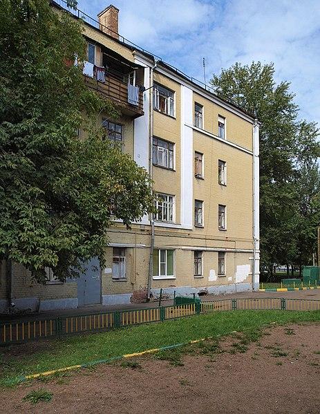 File:Kozhevnicheskaya 17-14K2 Aug 2009 06.JPG