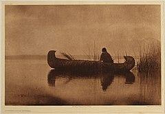 EDWARD SHERIFF CURTIS LE PHOTOGRAPHE DES AMÉRINDIENS 240px-Kutenai_Duck_Hunter%2C_1910