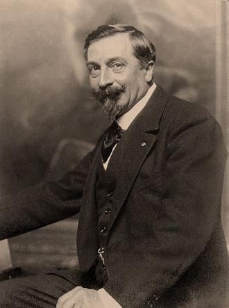 Léon Printemps - Portrait of Léon Printemps in 1924