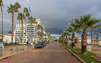 Larnaca - Image: Larnaca 01 2017 img 14 Finikoudes
