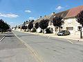 Le Bellay-en-Vexin - Grande rue 02.jpg