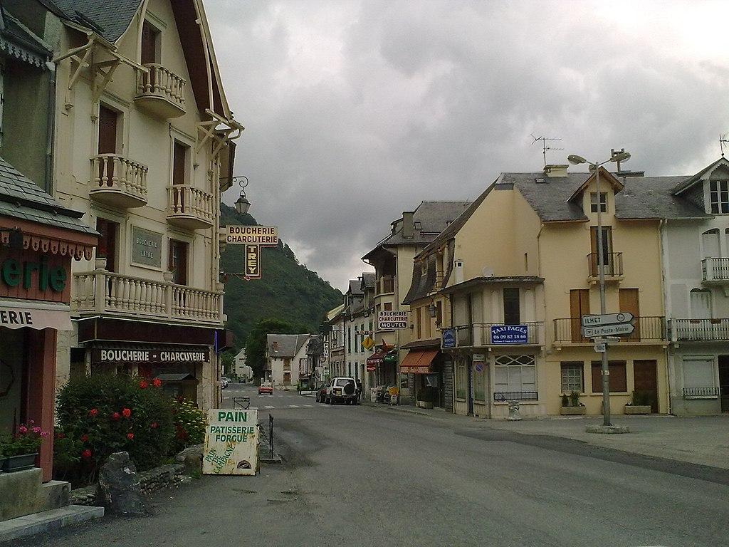 Le village de Sarrancolin
