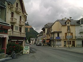 Le village de Sarrancolin.