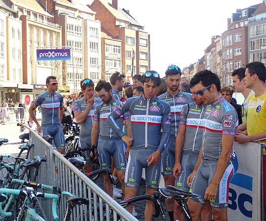 Leuven - Brabantse Pijl, 15 april 2015, vertrek (B073).JPG