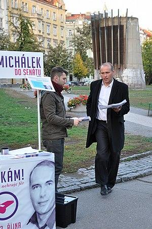 Libor Michálek - Michálek near his Senate 2012 campaign booth