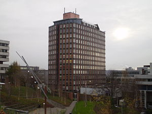 Townhead - This modern day view from the drumlin of Rottenrow shows St. Mungo's vantage point to the south of the city.  Today it is dominated by the buildings of Strathclyde University which occupies a large swathe of Townhead.