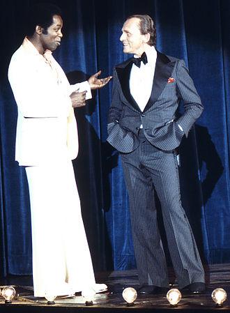 Frank Gorshin - Gorshin performing with Lou Rawls in 1977