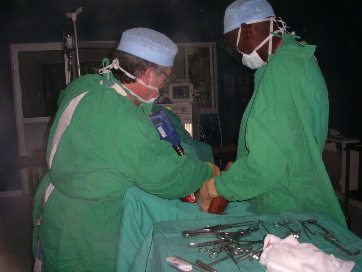 operation chirurgical