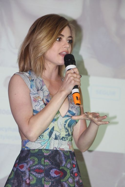 Lucy Hale-004 (25235261589)