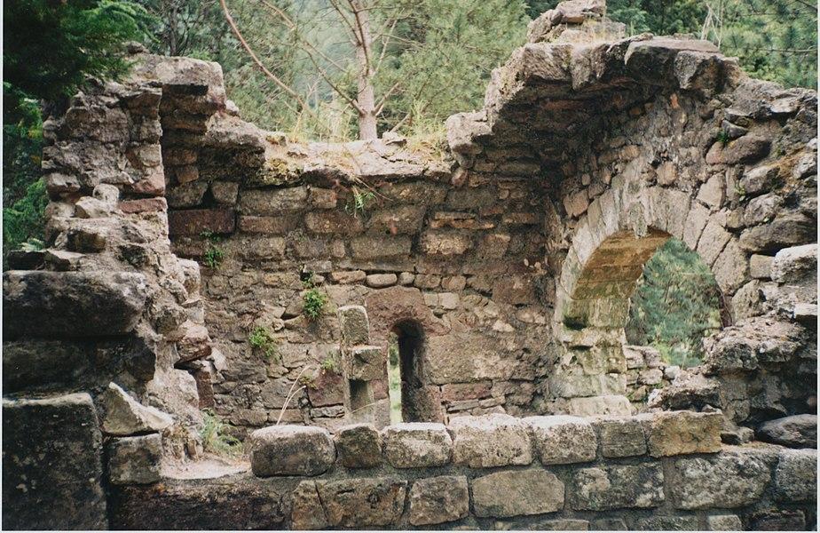 Lunas (Hérault) - chapelle pré-romane Saint-Georges.