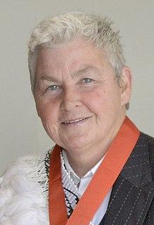 Lynda Topp Member of the Topp Twins in New Zealand (born 1958)