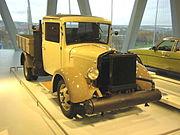 MHV MB L1500 Wood Gasifier 1937.jpg