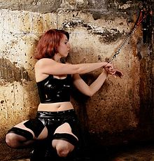 bondage norge older women escorts