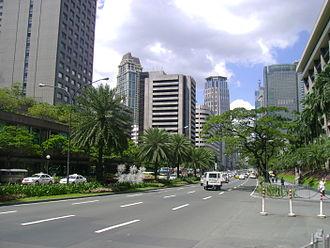 Ayala Avenue - Ayala Avenue looking north towards the Ayala Triangle
