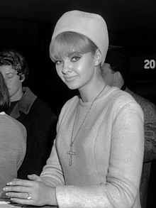 Mandy Rice-Davies (1964)