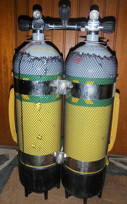 Manifolded twin 12 litre steel cylinder set assembled using two stainless steel tank bands. Manifolded twin 12l steel cylinder set PB128182.jpg