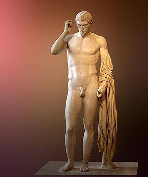 Statua del Louvre