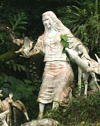 Mariang Makiling statue at the University of the Philippines in Los Baños.jpg