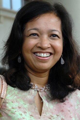 Kolej Tunku Kurshiah - Image: Marina Mahathir