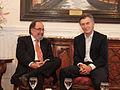 Mauricio Macri estuvo con el premio Nobel de Medicina, David Baltimore (8148189096).jpg