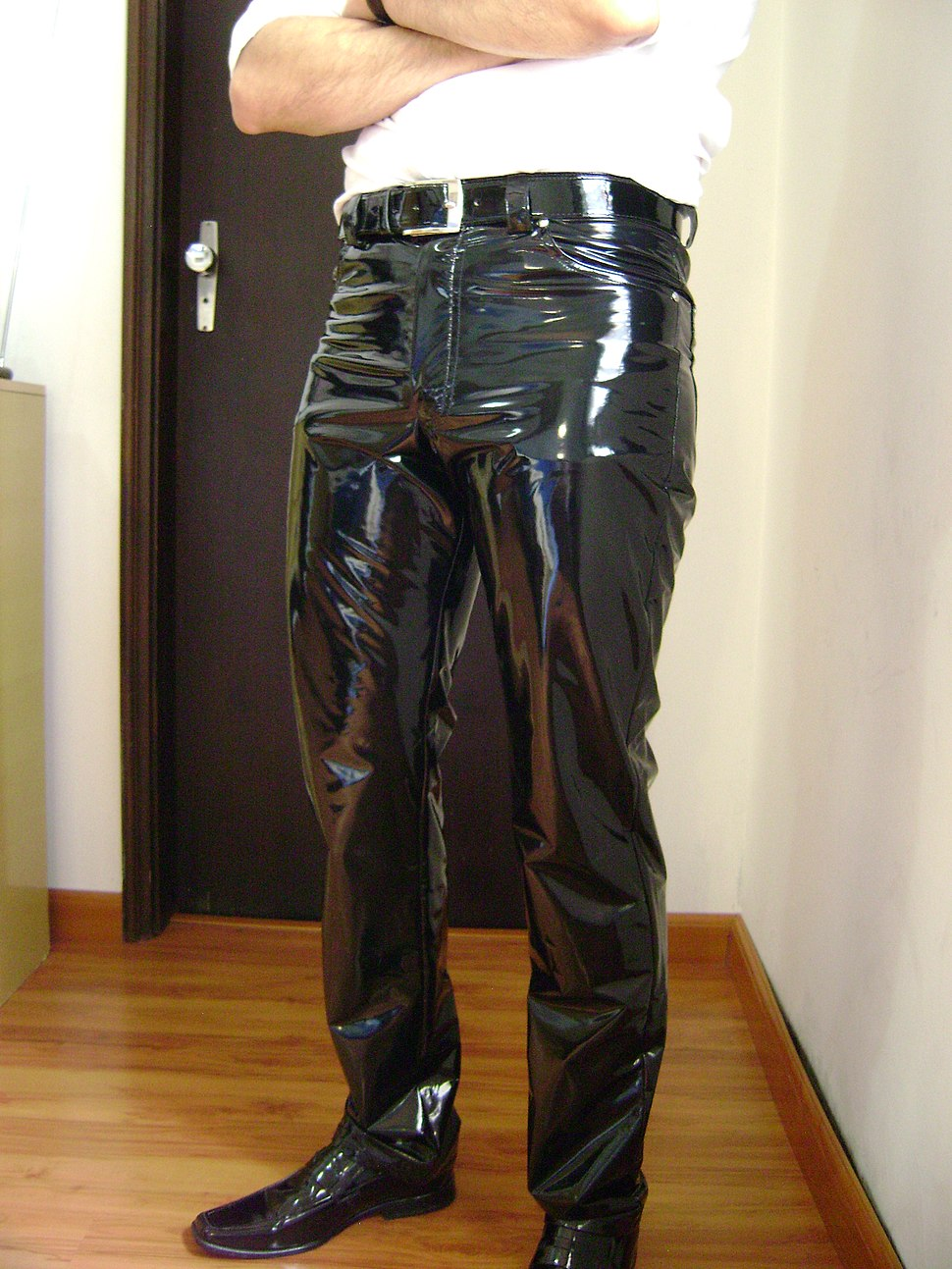 Men's black PVC pants 01