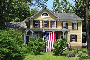 Ross Hall - Metlar-Bodine House decorated to celebrate George Washington's stay at Ross Hall