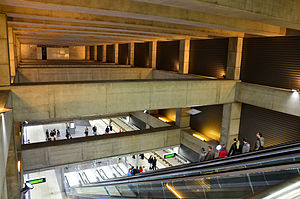 II. János Pál pápa tér (Budapest Metro) - Image: Metro 4, M4, Line 4 (Budapest Metro), II. János Pál pápa tér