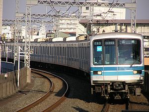 Tokyo Metro 05 series - Set 05-102, one of the original 05 series trains
