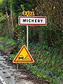 Michery-FR-89-panneau-01.JPG