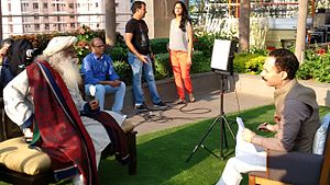 Mickey Mehta - Image: Mickey Mehta interviewing Jaggi Vasudev at the Palladium Hotel in Lower Parel, Mumbai