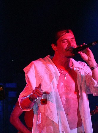 Mike Patton - Mike Patton in Milan, Italy as part of Peeping Tom, 2006.