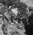 Militaire begrafenis in Engeland (generaal Noothoven van Goor), Bestanddeelnr 935-3420.jpg