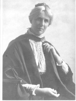 Millicent Mackenzie - Mackenzie in 1915