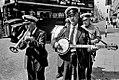 Miloň Novotný, Pouliční muzikanti, Londýn 1966.jpg