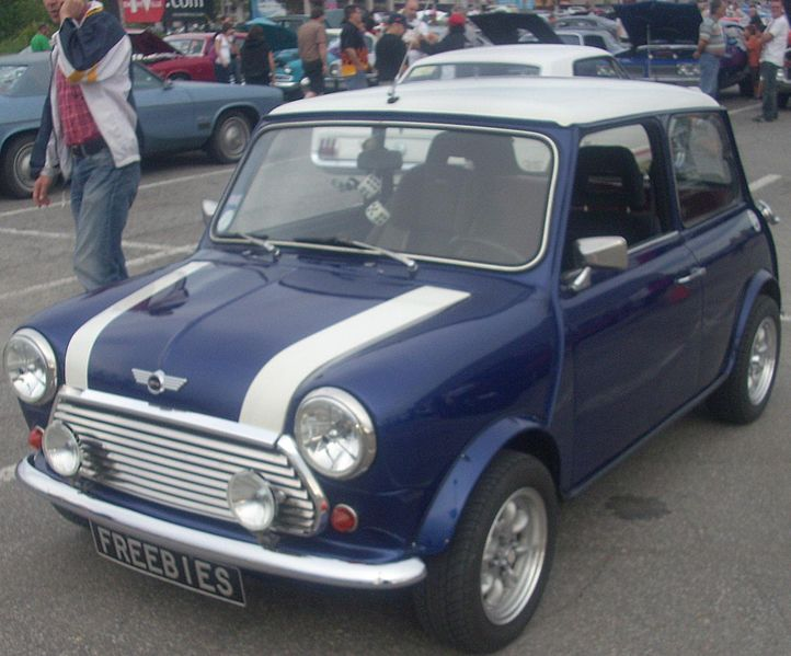 File:Mini Cooper (Les chauds vendredis '10).jpg