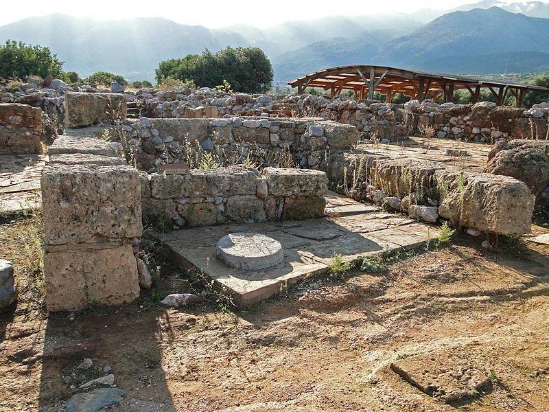 File:Minoan Palace of Malia.jpg