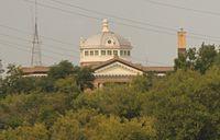 Mountrail County North Dakota Courthouse above skyline.jpg