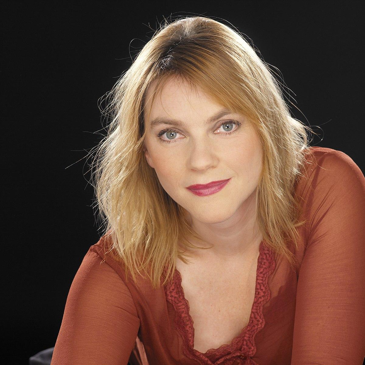 Mylou Frencken - Wikipedia