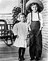 Myrna-Loy-1911.jpg