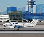 N8017M 1992 Beechcraft Super King Air 200 C-N BB-1438 (5377551722).jpg