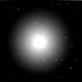 NGC 4636 color cutout hst 08686 07 wfpc2 f814w f547m pc sci.jpg