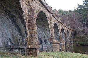 Neidpath Viaduct - Image: Neidpath viaduct (3)