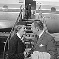 Nieuwe ambassadeur dhr G J A Veling voor ons land naar Kartoum vertrokken H, Bestanddeelnr 915-6332.jpg